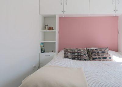 Slaapkamer met twee persoonsbed